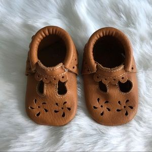 FIRST STEPS Scalloped Soft Sole Moccasins